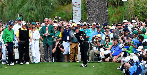 06.04.2016. Augusta, GA, USA. Gary Player watches the flight of his drive from the No. 7 tee box during the Par 3 contest on Wednesday, April 6, 2016, at Augusta National Golf Club in Augusta, Ga