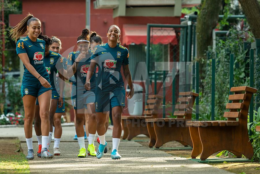 SÃO PAULO,  SP, 26.08.2019 - FUTEBOL-SELEÇÃO - Jogadoras da seleção brasileira de futebol feminino durante sessão de treinamento no Centro de Treinamento do São Paulo na Barra Funda região oeste da cidade nesta segunda-feira, 26. (Foto: Anderson Lira/Brazil Photo Press/Folhapress)