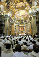 "Un momento della messa di ringraziamento celebrata dallo spagnolo Padre Adolfo Nicolas, nuovo Superiore Generale dell'ordine dei Gesuiti (""Papa Nero""), nella Chiesa del Gesu' a Roma, 20 gennaio 2008, all'indomani della sua elezione..A view of the Church of Jesus in Rome, 20 january 2008, during a thanksgiving mass celebrated by the Spanish Reverend Adolfo Nicolas, new Superior General of the Jesuits Roman Catholic order (""Black Pope""), the day after his election..UPDATE IMAGES PRESS/Riccardo De Luca"