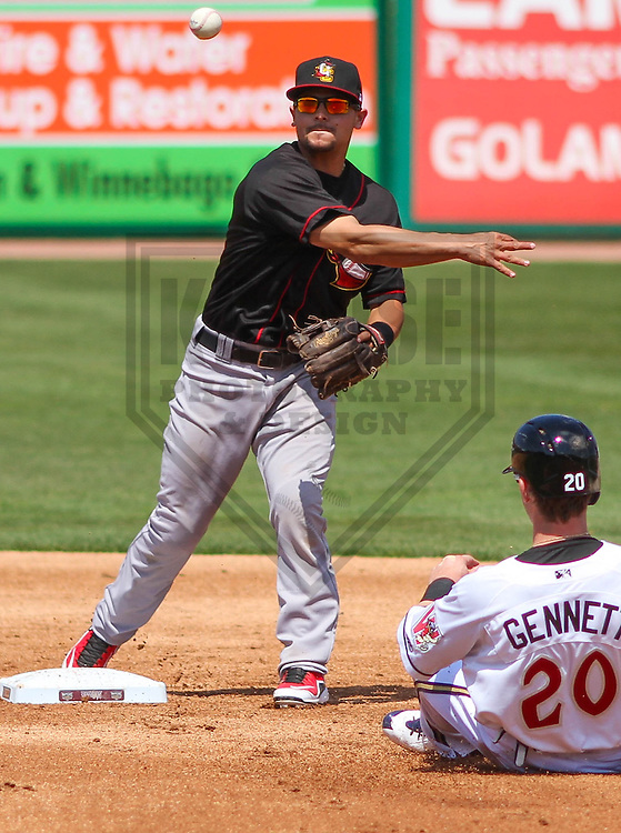 APPLETON - May 2015: Quad Cities River Bandits second baseman Alex Hernandez (6) during a game against the Wisconsin Timber Rattlers on May 2nd, 2015 at Fox Cities Stadium in Appleton, Wisconsin.  Quad Cities defeated Wisconsin 5-2.  (Brad Krause/Four Seam Images)