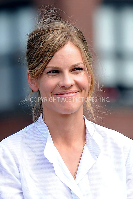 """WWW.ACEPIXS.COM . . . . . ....July 1 2009, New York City....Actress Hilary Swank on the set of the new movie """"The Resident"""" in Brooklyn on July 1 2009 in New York City....Please byline: KRISTIN CALLAHAN - ACEPIXS.COM.. . . . . . ..Ace Pictures, Inc:  ..tel: (212) 243 8787 or (646) 769 0430..e-mail: info@acepixs.com..web: http://www.acepixs.com"""
