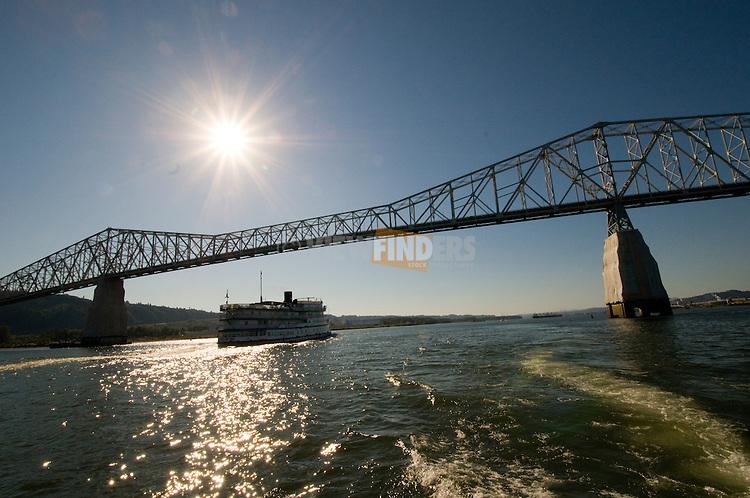 Lewis and Clark Bridge over the Columbia River