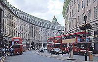 London: Regent St., The Great Quadrant today.  Photo '90.