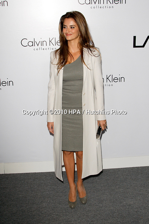 Penelope Cruz.arriving at the Calvin Klein collection and LOS ANGELES NOMADIC DIVISION Present a Celebration of L.A. ARTS MONTH.Calvin Klein Store.Los Angeles, CA.January 28, 2010.©2010 HPA / Hutchins Photo....
