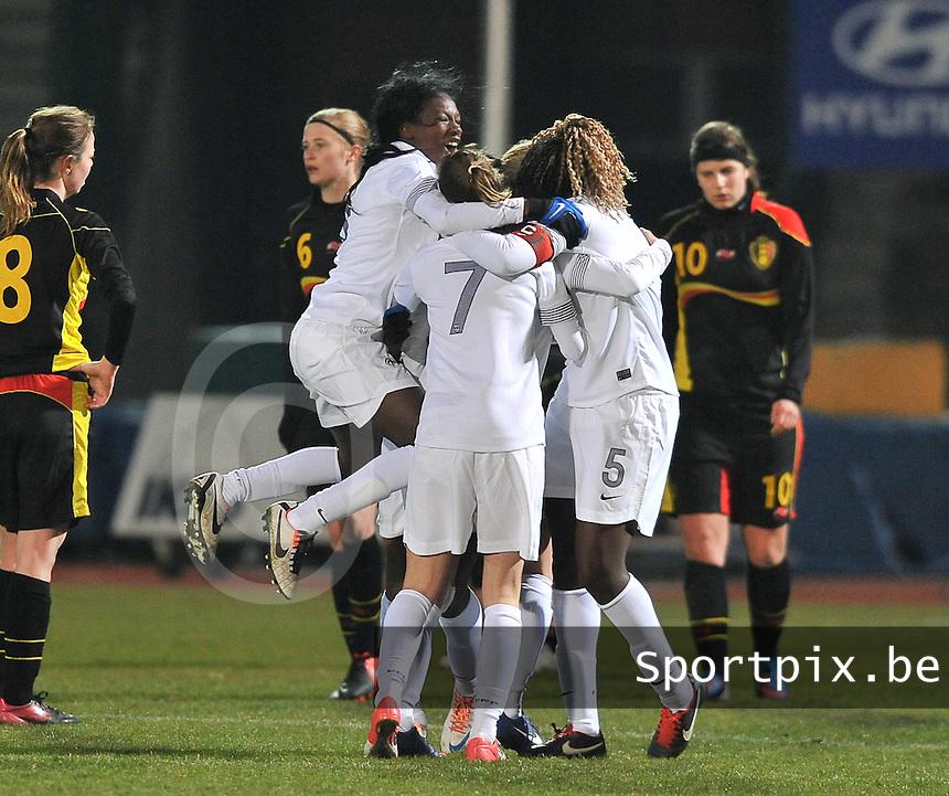 France U19 - Belgium U19 : Kadidiatou Diani and teammates celebrating the 2-0 for France.foto DAVID CATRY / Nikonpro.be