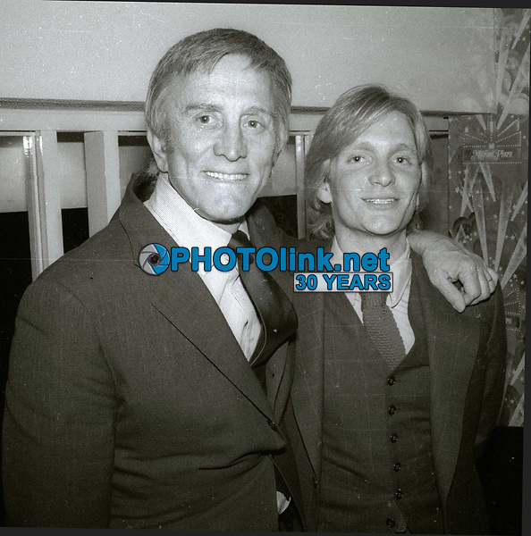 Kirk Douglas Eric Douglas Undated<br /> Photo By Adam Scull/PHOTOlink.net