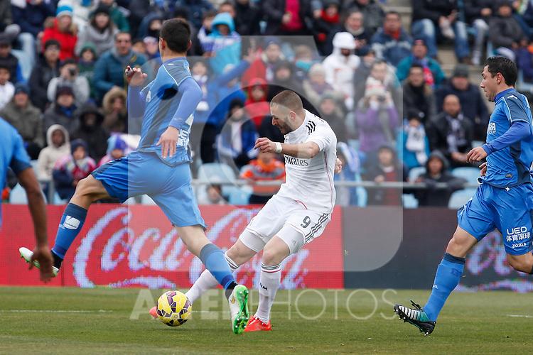 Real Madrid´s Karim Benzema during La Liga match at Coliseum Alfonso Perez stadium  in Getafe, Spain. January 18, 2015. (ALTERPHOTOS/Victor Blanco)