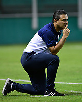PALMIRA - COLOMBIA, 03-08-2019: Pedro Alzate técnico de Cortulua gesticula durante el partido entre Deportivo Cali y Cortuluá como parte de la Liga Femenina Águila 2019 jugado en el estadio Deportivo Cali de la ciudad de Palmira. / Pedro Alzate coach of Cortulua gestures during match between Deportivo Cali and Cortulua for the date 4 as part Aguila Women League 2019 played at Deportivo Cali stadium in Palmira city. Photo: VizzorImage / Nelson Rios / Cont