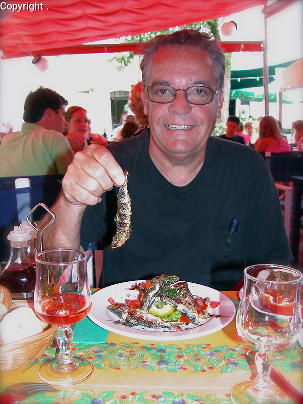 Guy's favorite lunch in the south of France; Sardines! St. Tropez