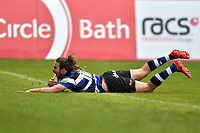 Max Clark of Bath Rugby scores a try in the second half. Aviva Premiership match, between Bath Rugby and Gloucester Rugby on April 30, 2017 at the Recreation Ground in Bath, England. Photo by: Patrick Khachfe / Onside Images
