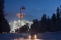 Europe/Finlande/Laponie/Levi: La sation de ski et ses pistes , vue de nuit