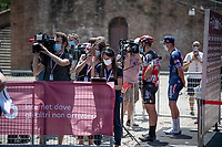new-protocol pre-race interviews with Philippe Gilbert (BEL/Lotto-Soudal) & Mathieu Van der Poel (NED/Alpecin-Fenix) #keepyourdistance<br /> <br /> 14th Strade Bianche 2020<br /> Siena > Siena: 184km (ITALY)<br /> <br /> delayed 2020 (summer!) edition because of the Covid19 pandemic > 1st post-Covid19 World Tour race after all races worldwide were cancelled in march 2020 by the UCI