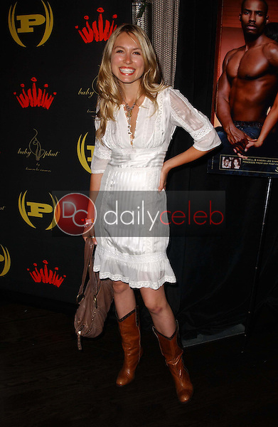 Sarah Carter<br />at the 3rd Annual Work Hard, Play Harder Lounge benefitting Women For The World. W Hotel, Westwood, CA. 06-25-06<br />Dave Edwards/DailyCeleb.com 818-249-4998