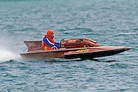 "S-420 ""Little Fisson"", 145 class hydroplane..10-12 July, 2009, 100th Gold Cup, Detroit River, Detroit, MI USA..©2009 F.Peirce Williams, USA."