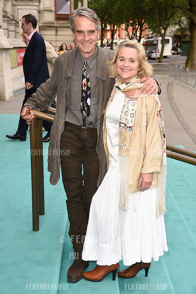Jeremy Irons &amp; Sinead Cusack at the V&amp;A Summer Party at the Victoria and Albert Museum, London.<br /> June 22, 2016  London, UK<br /> Picture: Steve Vas / Featureflash