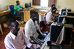 SOUTH SUDAN Bahr al Ghazal region , Lakes State, town Rumbek, computer training at jesuits training center / SUED-SUDAN  Bahr el Ghazal region , Lakes State, Rumbek , Ausbildungs-Zentrum der Jesuiten, Computerausbildung fuer Jugendliche