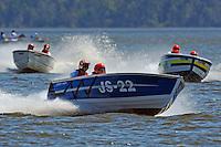 "JS-22 ""Heartbeat"" (Jersey Speed Skiff), Skip Gillam, JS-5 ""Last Blast"" (Jersey Speed Skiff) and Ken Gallup, JS-9 ""Disorderly Conduct"" (Jersey Speed Skiff)"