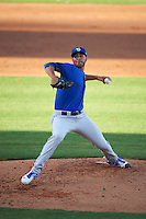 Dunedin Blue Jays relief pitcher Alonzo Gonzalez (21) delivers a pitch during a game against the Clearwater Threshers on April 8, 2016 at Bright House Field in Clearwater, Florida.  Dunedin defeated Clearwater 8-3.  (Mike Janes/Four Seam Images)