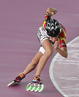 KAOHSIUNG – CHINA TAIPEI –15- 11 - 2015: Itziar Gutierrez, patinadora de España, durante la prueba de los 300 metros juvenil damas en el Campeonato Mundial de Patinaje de Carreras se en el patinodromo FIRS Kaohsiung Roller Skating Arena de la ciudad de Kaohsiung en China Taipei  Itziar Gutierrez,  skater of Spain, during the 300 meters Junior Ldaies test in the World Skating Championship, at the skating rink FIRS Roller Skating Arena Kaohsiung in Kaohsiung city in Chinese Taipei (Photo: VizzorImage / Luis Ramirez / Staff).