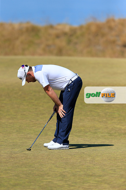Louis Oosthuizen (RSA) misses his putt on the 17th green during Friday's Round 2 of the 2015 U.S. Open 115th National Championship held at Chambers Bay, Seattle, Washington, USA. 6/19/2015.<br /> Picture: Golffile | Eoin Clarke<br /> <br /> <br /> <br /> <br /> All photo usage must carry mandatory copyright credit (&copy; Golffile | Eoin Clarke)