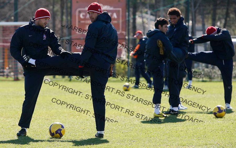 Fudbal.pripreme za prolecnu sezonu.Crvena Zvezda.Practice session, from left, Marko Blazic, Pavle Ninkov, Savio.Antalya, 04.02.2010..foto: Srdjan Stevanovic©