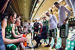 S&ouml;dert&auml;lje 2014-03-25 Basket SM-kvartsfinal 1 S&ouml;dert&auml;lje Kings - J&auml;mtland Basket :  <br /> S&ouml;dert&auml;lje Kings tr&auml;nare headcoach coach Vedran Bosnic under en timeout med S&ouml;dert&auml;lje Kings spelare<br /> (Foto: Kenta J&ouml;nsson) Nyckelord:  S&ouml;dert&auml;lje Kings SBBK J&auml;mtland Basket SM Kvartsfinal Kvart T&auml;ljehallen
