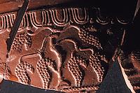 Europe/France/Auvergne/12/Aveyron/Millau: Le musée - Céramique Gallo-romaines de la Graufesenque - Vase décoré de grappes de raisin