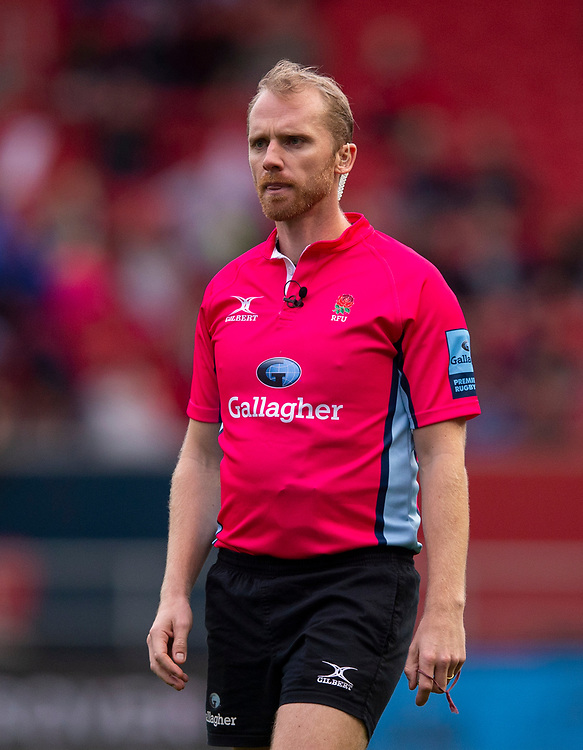 Referee Wayne Barnes<br /> <br /> Photographer Bob Bradford/CameraSport<br /> <br /> Gallagher Premiership - Bristol Bears v Leicester Tigers - Saturday 1st December 2018 - Ashton Gate - Bristol<br /> <br /> World Copyright &copy; 2018 CameraSport. All rights reserved. 43 Linden Ave. Countesthorpe. Leicester. England. LE8 5PG - Tel: +44 (0) 116 277 4147 - admin@camerasport.com - www.camerasport.com