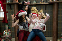 A Bad Moms Christmas (2017) <br /> KATHRYN HAHN, MILA KUNIS, and KRISTEN BELL <br /> *Filmstill - Editorial Use Only*<br /> CAP/FB<br /> Image supplied by Capital Pictures