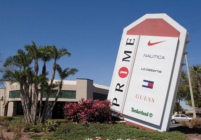 Shopping, Prime Outlet Mall, Orlando, Florida