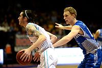 GRONINGEN - Basketbal, Donar - Landstede Zwolle, Martiniplaza, Dutch Basketbal league, seizoen 2018-2019, 02-02-2019, Donar speler Grant Sitton met Landstede speler Kevin Bleeker