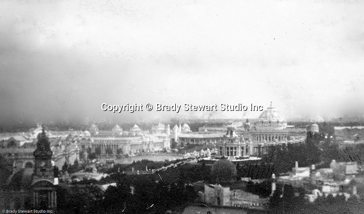 St Louis MO:  View of the park and Palaces from the Ferris Wheel at the Louisiana Purchase Exposition
