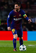 5th December 2017, Camp Nou, Barcelona, Spain; UEFA Champions League football, FC Barcelona versus Sporting Lisbon; Leo Messi of FC Barcelona passes the ball