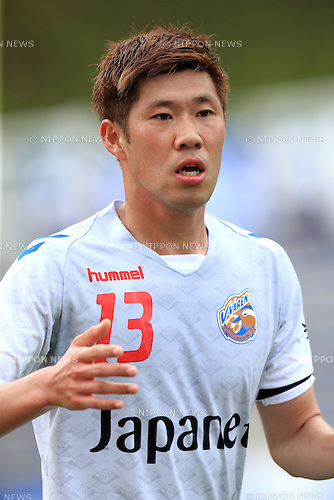 Park Hyung Jin (V Varen), APRIL 23, 2016 - Football /Soccer : 2016 J2 League match between FC Machida Zelvia 1-0 V.Varen Nagasaki at Machida Stadium, Tokyo, Japan.  (Photo by AFLO SPORT)