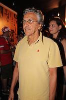 SAO PAULO, SP, 18 DE FEVEREIRO 2012 - CAMAROTE BAR BRAHMA -  O cantor Caetano Veloso e visto no Camarote Bar Brahma, no primeiro dia de desfiles do Grupo Especial do Carnaval de Sao Paulo, na noite deste sabado 18, no Sambodromo do Anhembi regiao norte da capital paulista. (FOTO: MILENE CARDOSO - BRAZIL PHOTO PRESS).