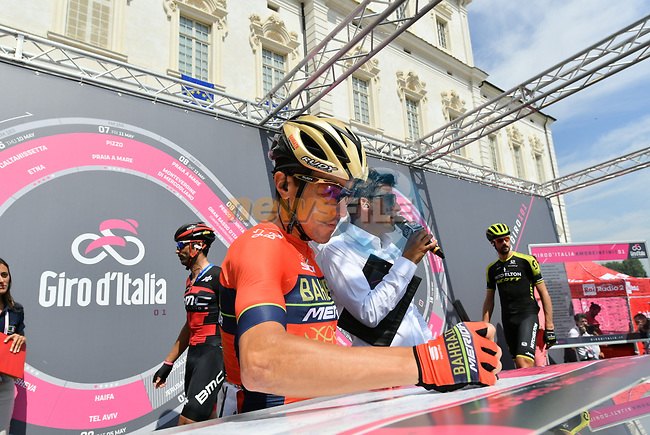 Domenico Pozzovivo (ITA) Bahrain-Merida at sign on before the start of Stage 19 of the 2018 Giro d'Italia, running 185km from Venaria Reale to Bardonecchia featuring the Cima Coppi of this Giro, the highest climb on the Colle delle Finestre with its gravel roads, before finishing on the final climb of the Jafferau, Italy. 25th May 2018.<br /> Picture: LaPresse/Gian Mattia D'Alberto | Cyclefile<br /> <br /> <br /> All photos usage must carry mandatory copyright credit (© Cyclefile | LaPresse/Gian Mattia D'Alberto)