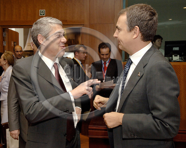 Brussels-Belgium - 15 June 2006---European Council, first day of the summit; here, José SÓCRATES (le) (Jose Socrates), Prime Minister of Portugal, with José Luis Rodríguez ZAPATERO, Prime Minister of Spain---Photo: Horst Wagner/eup-images