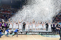 Real Madrid's players celebrating the championship during Finals match of 2017 King's Cup at Fernando Buesa Arena in Vitoria, Spain. February 19, 2017. (ALTERPHOTOS/BorjaB.Hojas) /NortEPhoto.com