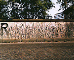 R Planet, Berllin wall, Berlin, Germany, August 2004
