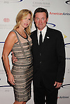 wwCENTURY CITY, CA - MAY 20: Wayne Gretzky arrive at the 27th Anniversary of Sports Spectacular at the Hyatt Regency Century Plaza on May 20, 2012 in Century City, California.