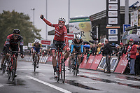 Mads Pedersen (DEN/Trek Segafredo) wins the sprint in a select group.  Jempey Drucker (LUX/BMC) finish 2nd place and Oliver Naesen (BEL/AG2R) finishes 3th. <br /> <br /> 78th Euro Metropole Tour 2018<br /> La Louvi&egrave;re &ndash; Tournai (BEL): 206km