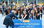 SCHIEDAM - NK reserveteams zaalhockey. Finale Tilburg D2-HDM D2 (1-3) . HDM is de nieuwe Nederlands Kampioen. links KNHB bestuurder Madeleine Bakker.   COPYRIGHT KOEN SUYK