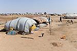 BURKINA FASO Djibo , malische Fluechtlinge, vorwiegend Tuaregs, im Fluechtlingslager Mentao des UN Hilfswerks UNHCR, sie sind vor dem Krieg und islamistischem Terror aus ihrer Heimat in Nordmali geflohen /<br /> BURKINA FASO Djibo, malian refugees, mostly Touaregs, in refugee camp Mentao of UNHCR, they fled due to war and islamist terror in Northern Mali