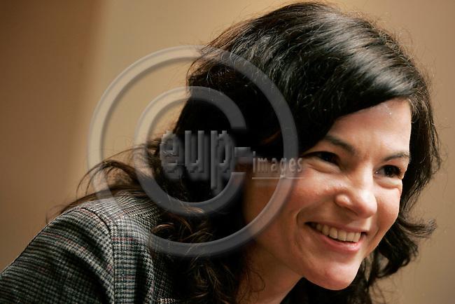 BRUSSELS - BELGIUM - 06 MARCH 2006 -- Petra MANDERSCHEID, Assistant at the European Parliament. -- PHOTO: JUHA ROININEN / EUP-IMAGES