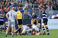 Referee Wayne Barnes awards Bath Rugby a penalty. Aviva Premiership match, between Bath Rugby and Saracens on September 9, 2017 at the Recreation Ground in Bath, England. Photo by: Patrick Khachfe / Onside Images