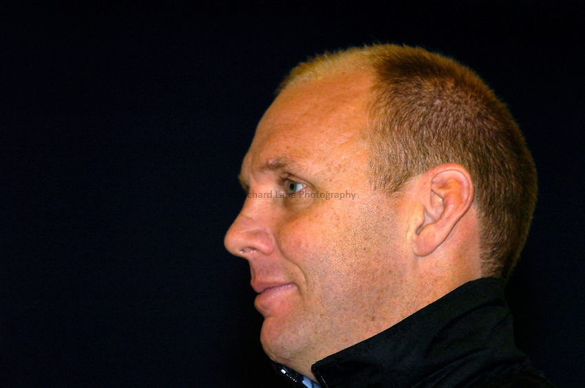 Photo: Richard Lane..Harlequins RL Press Season Media Day. 30/01/2006..Harlequins RL Head Coach, Tony Rea.