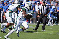 October 22, 2016 - Colorado Springs, Colorado, U.S. -   Hawaii running back, Phil Harris #6, during the NCAA Football game between the University of Hawaii Rainbow Warriors and the Air Force Academy Falcons, Falcon Stadium, U.S. Air Force Academy, Colorado Springs, Colorado.  Hawaii defeats Air Force in double overtime 43-27.