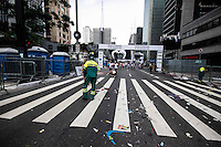 BRAZIL, Sao Paulo : Thousands of runners take part in the 88th Sao Silvestre international race along Paulista Avenue in Sao Paulo, Brazil, on 31 December 2012. Twenty-five thousand runners participated in the 15 km traditional New Year's Eve event.  (PHOTO: WILLIAM VOLCOV / BRAZIL PHOTO PRESS).