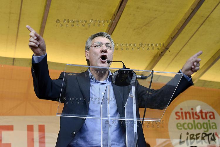 Roma, 4 Ottobre 2014<br /> Piazza Santi Apostoli<br /> Manifestazione di Sinistra, Ecologia e Libertà per una nuova politivca economica, contro l'austerity.<br /> <br /> Maurizio Landini segretario Fiom