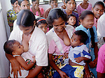 (97/18/19)-Anuradhapura-Sri Lanka - January 08, 1997 -- Women breastfeeding their boys during a village meeting; FNS/SAN, rural, people -- Photo: © HorstWagner.eu